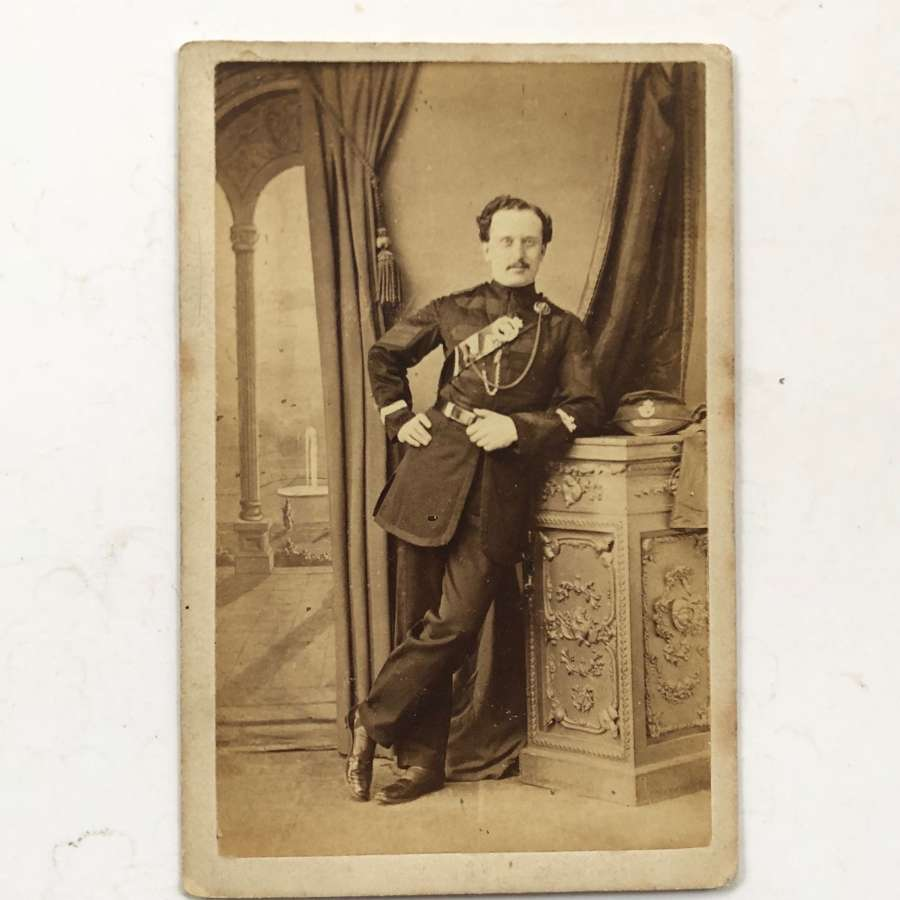Victorian Sussex Rifle Volunteers carte de visite. Photograph