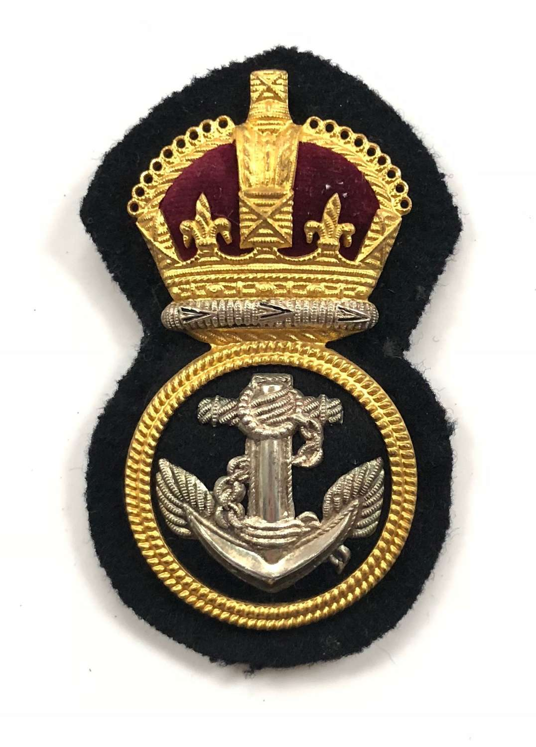 WW2 Royal Navy Petty Officer's Economy Pattern Cap Badge.