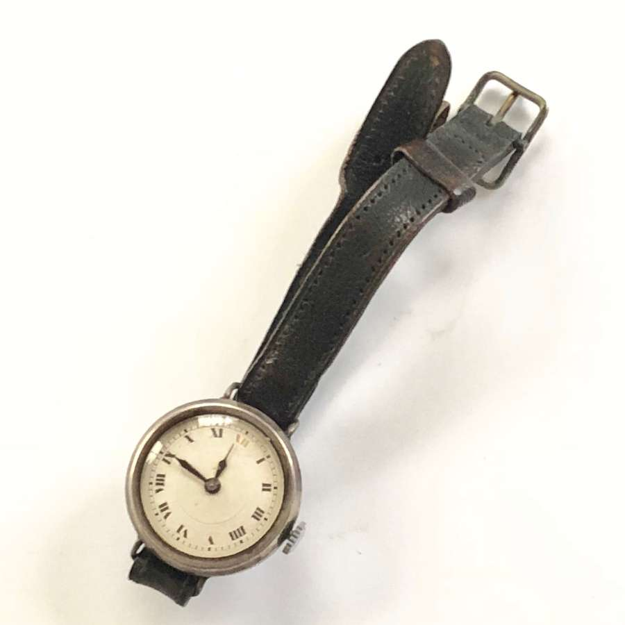 WW1 Period Ladies Silver Cased Ladies Wristwatch.
