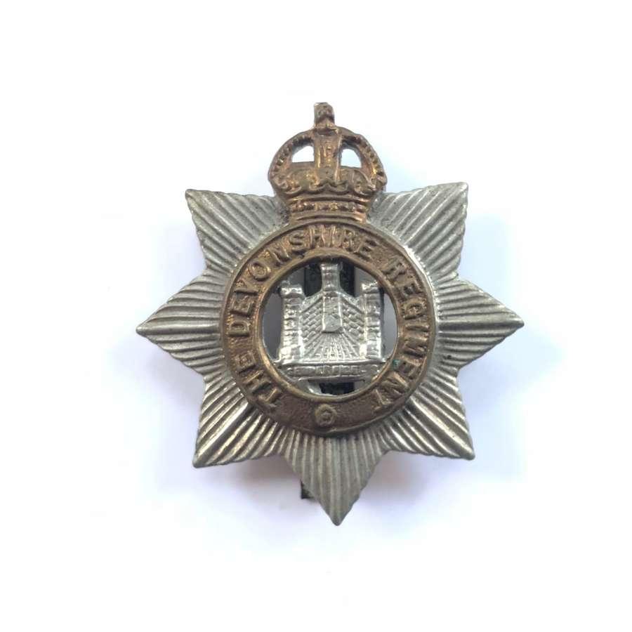 WW1/WW2 Devonshire Regiment Cap Badge.