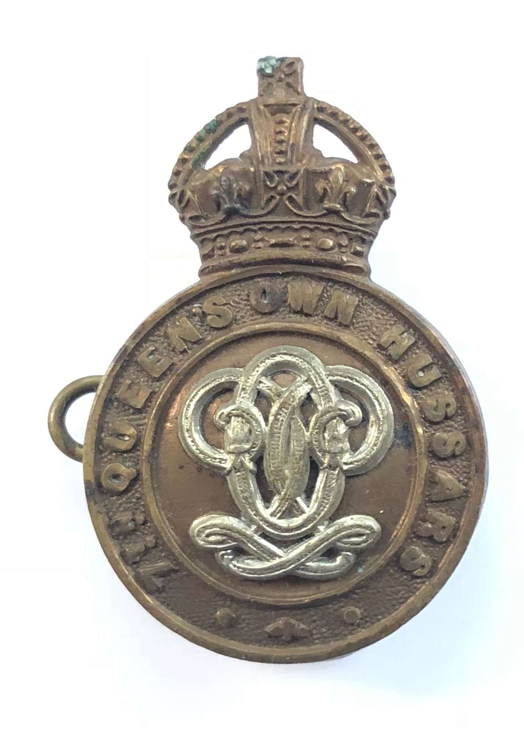WW1 / WW2 7th Hussars Cap Badge.