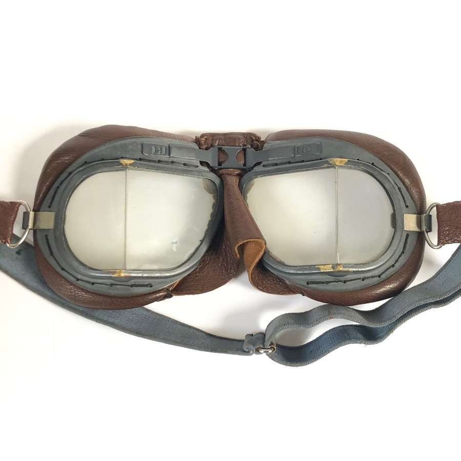 WW2 RAF MKVIII Aircrew Flying Goggles.