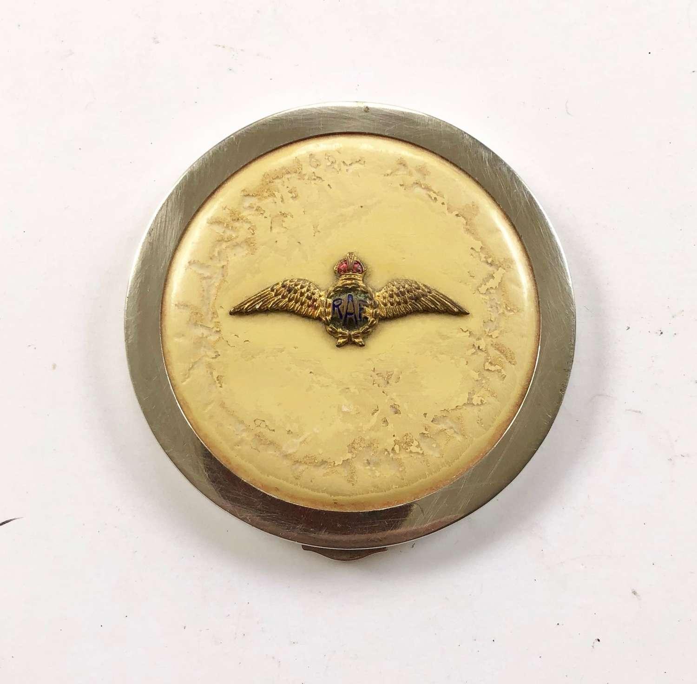 WW2 Royal Air Force RAF pilot's wing ladies powder compact.