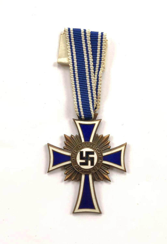 WW2 German Mother's Cross in Bronze.