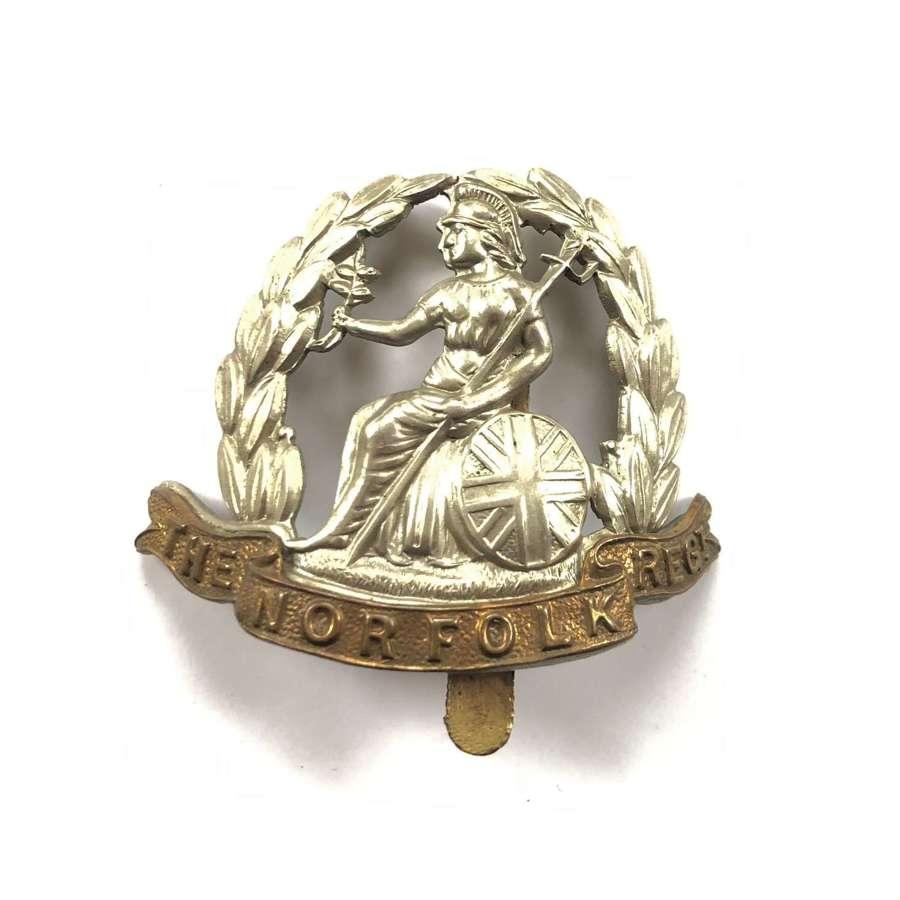 WW1 Norfolk Regiment Cap Badge.