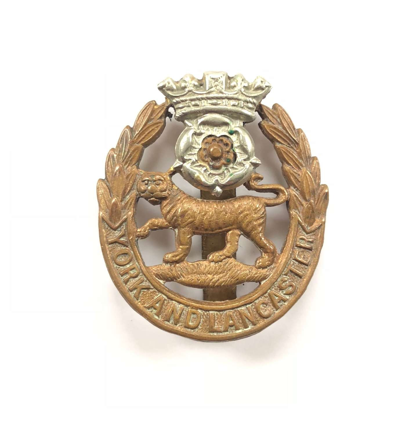 WW1/WW2 Pattern York & Lancs Cap Badge