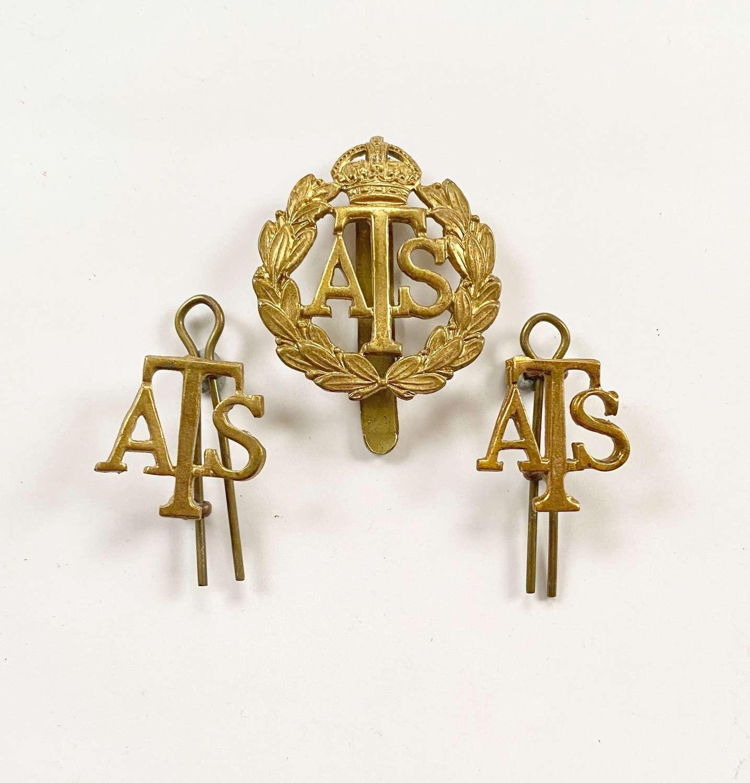 WW2 ATS Cap Badge & Shoulder Badges.