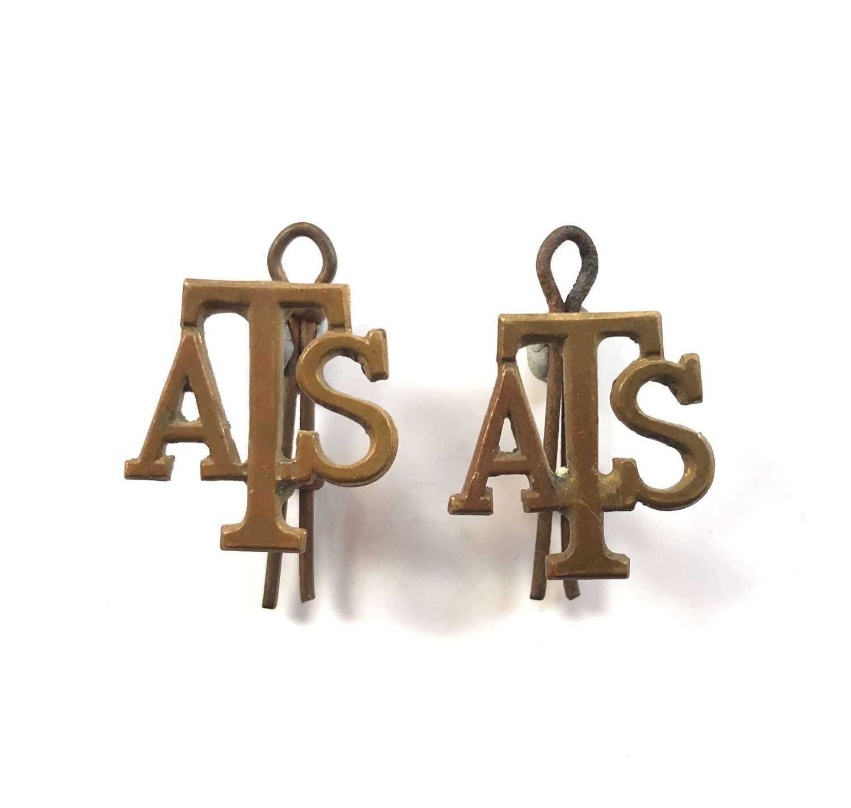 WW2 ATS Metal Shoulder Titles.