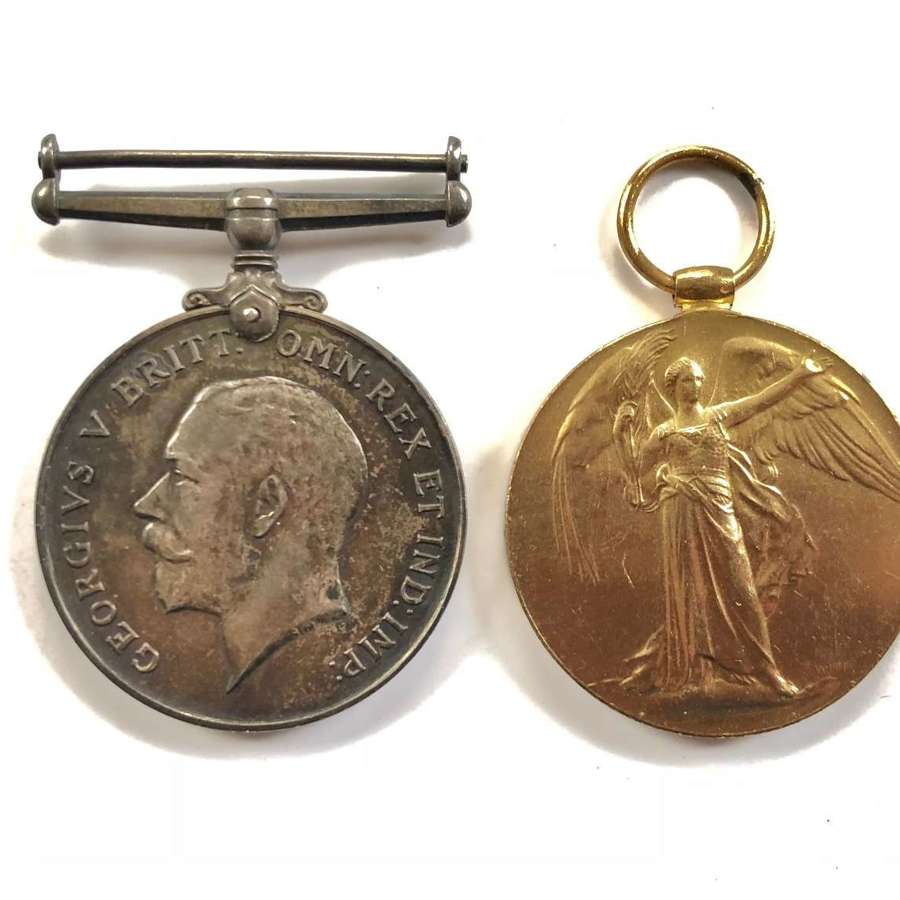 WW1 RNVR Pair of Medals.