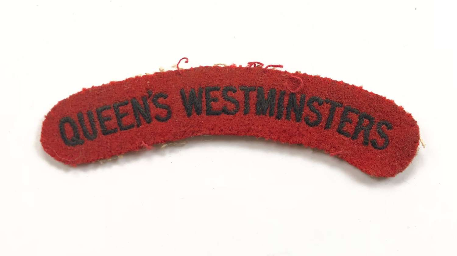 WW2 Queen's Westminster Cloth Shoulder Title Badge.
