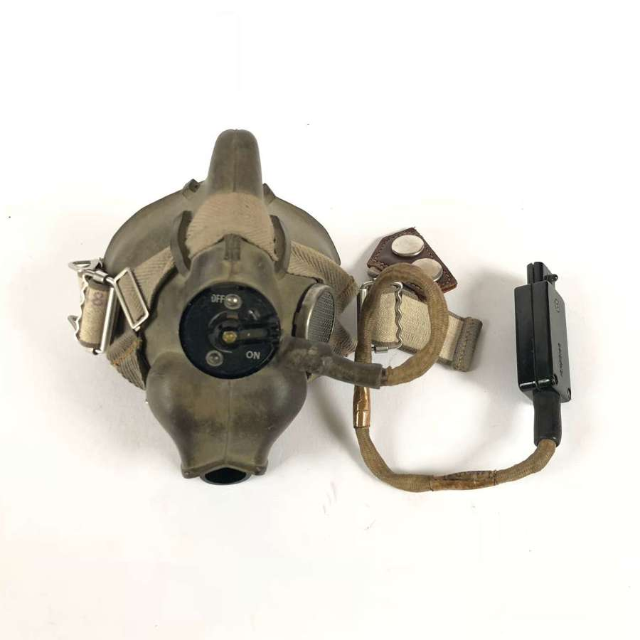 RAF WW2 Pattern 1946 Dated H Type Oxygen Mask.
