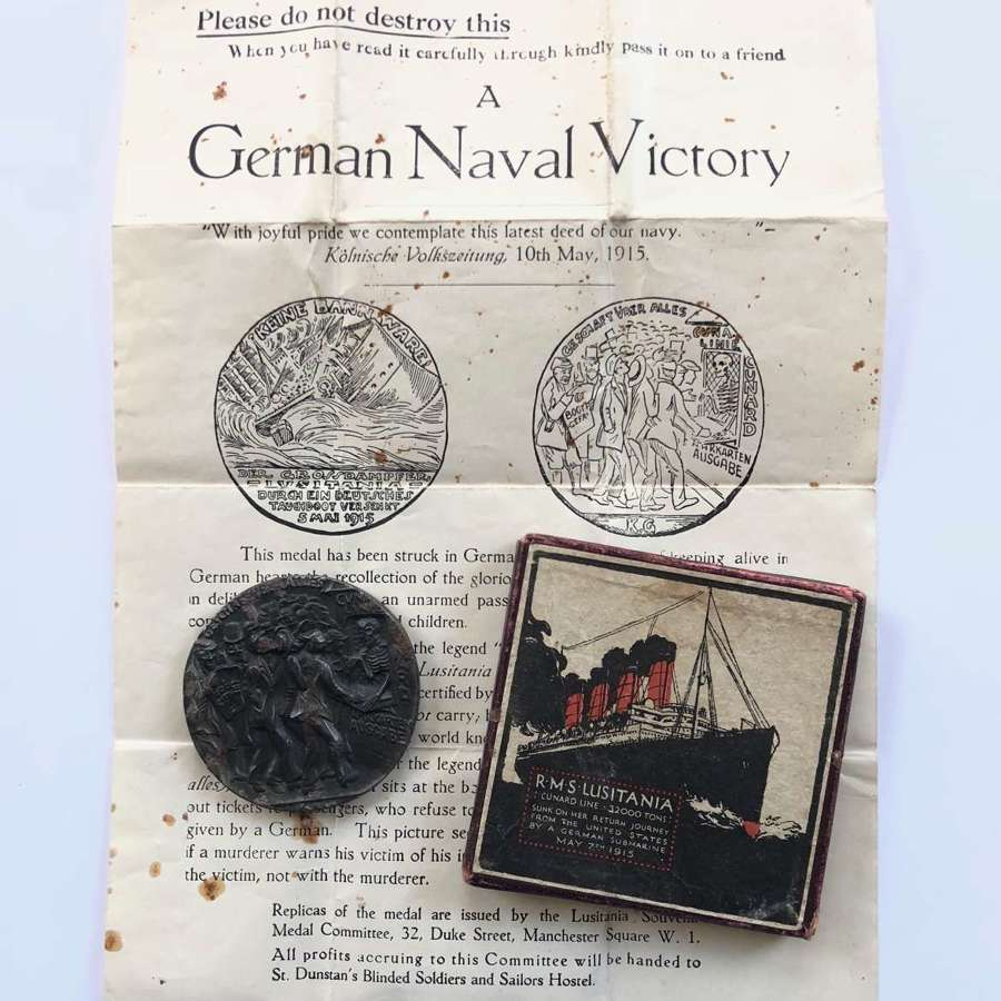 RMS Lusitania Cunard Line commemorative medal case and certificate