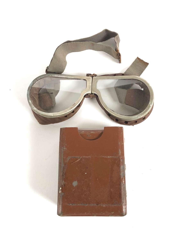 WW2 British Army Dispatch Riders Armoured Crew Goggles.
