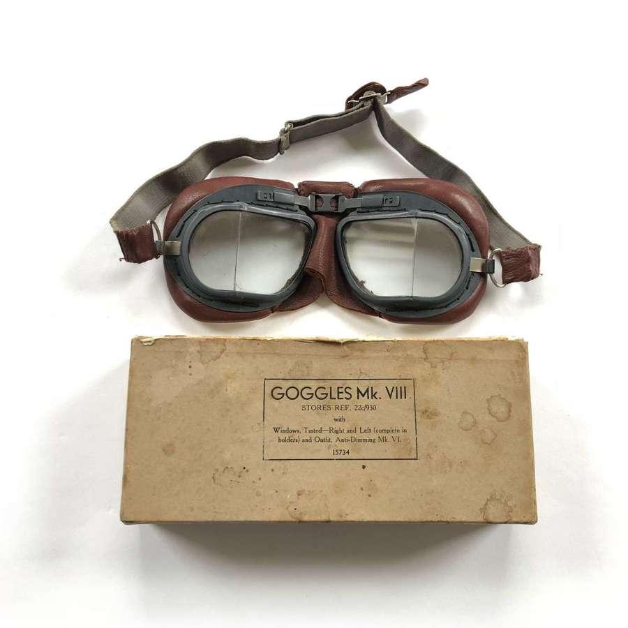 WW2 RAF MKVIII Flying Goggles Boxed.