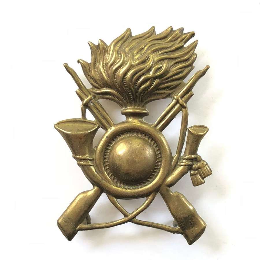 WW2 Italian Brass Cap Badge.