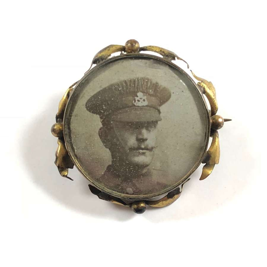 WW1 South Staffordshire Regiment Sweetheart Picture Brooch.