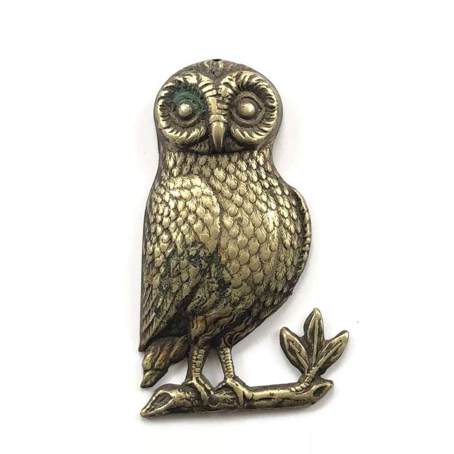 Leeds OTC Owl Cap Badge.