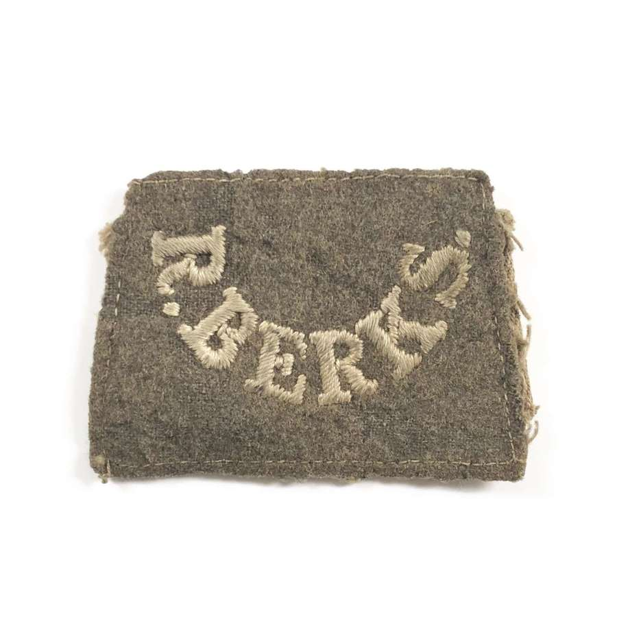 WW1 Royal Berkshire Regiment Cloth Shoulder Title Badge.