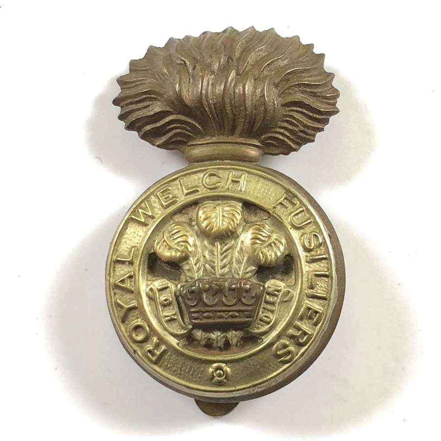 WW2 Royal Welch Fusiliers Cap Badge.